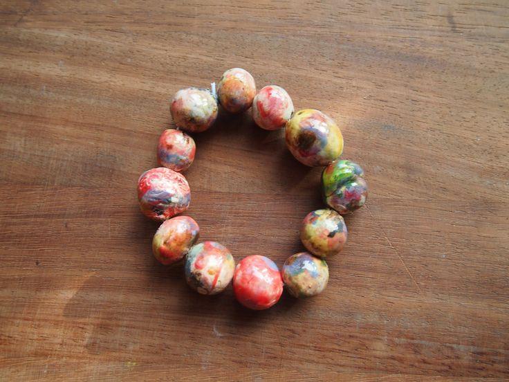 Armband, handgemaakte kralen van keramiek door HanscraftShop op Etsy