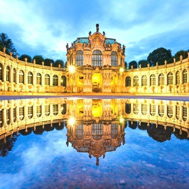 Sehenswurdigkeiten Im Zwinger Sehenswurdigkeiten Im Zwinger Sehenswurdigkeiten Zwinger Dresden Germany Wonders Of The World Germany