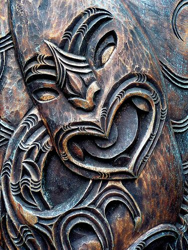 Maori Carving by Clifton Johnston