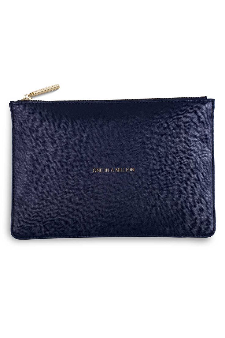 INIS | KATIE LOXTON: One In A Million Clutch.