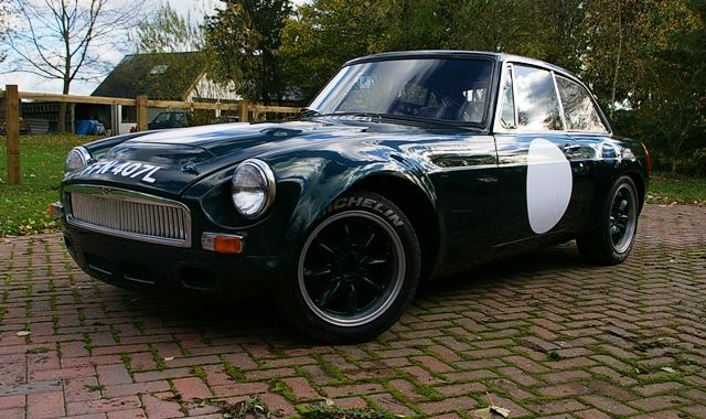 Historics at Brooklands - Specialist Classic and Sports Car Auctioneers - 1972 MG BGT V8 Sebring Recreation Race Car