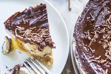 """Mocha Maple """"Cheese'' Cake -- cheese/dairy free, uses soaked and blended cashew nuts."""
