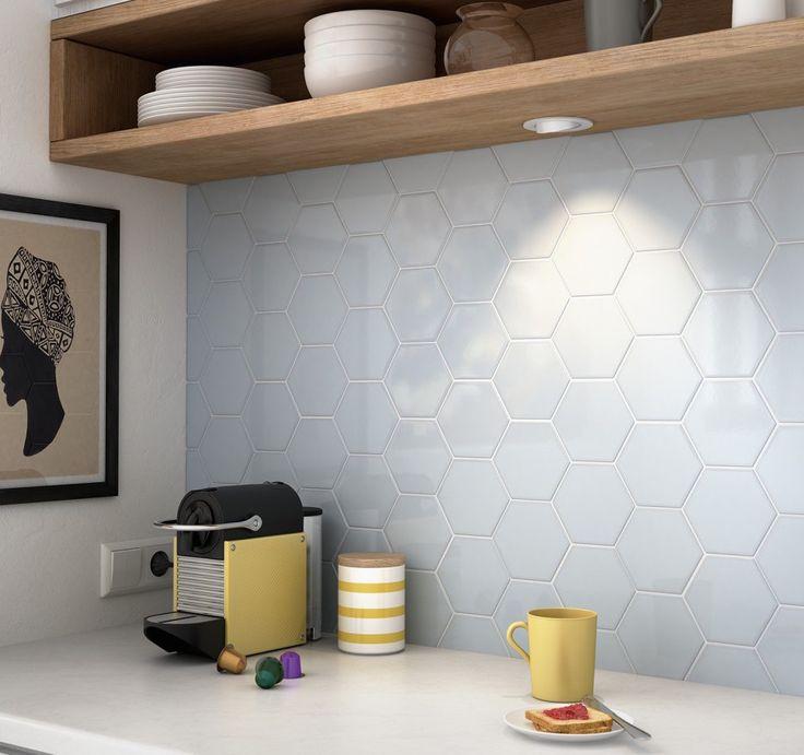 Luxor hexagon hemelsblauw glanzend tegeltje 10,7 x 12,4 cm per 0,5 m2 online bestellen - TEGELinfo