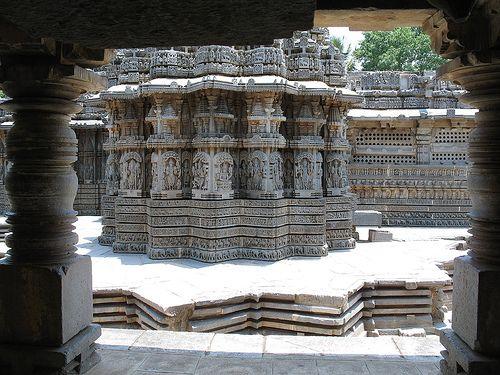 Somnathpur,  karnataka, india photography by Visithra - http://v-eyez.blogspot.com    V-Eyez Imagery on Facebook  http://www.facebook.com/veyezimagery