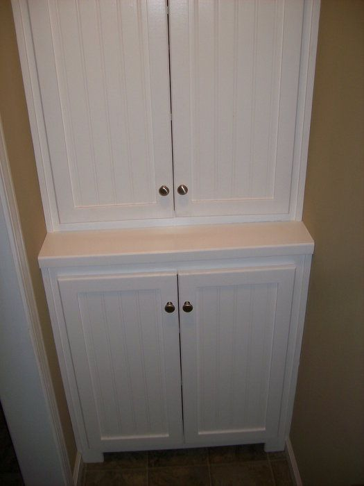 Craftsman Style Built In Linen Cabinet | Built In Linen Closet Cabinets .  Applied A