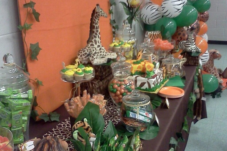 21 best images about candy buffet on pinterest jungle for Table design jungle