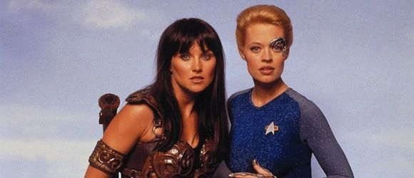 Whaaaa~~~?! Xena and Seven of Nine together?! haha TV Guide Interview in 1999