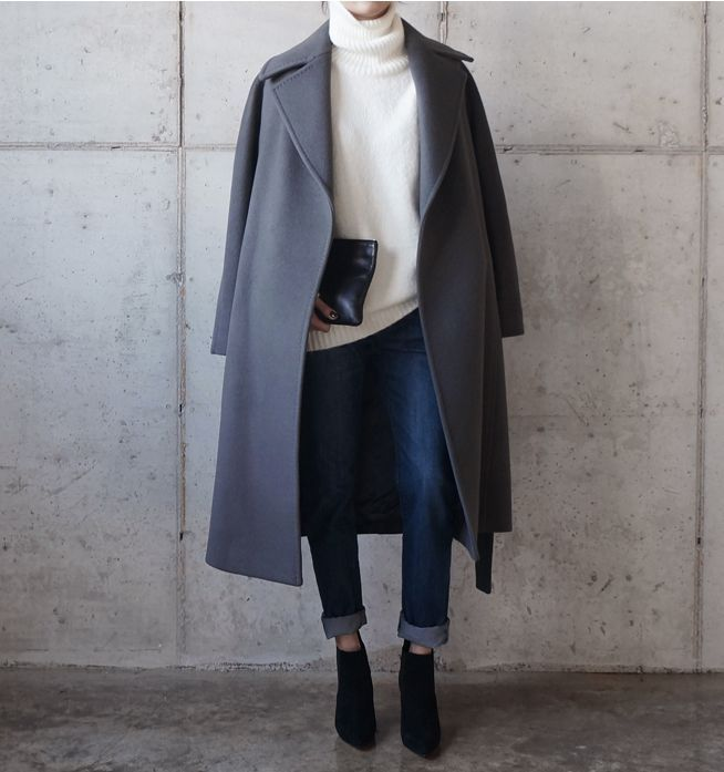white turtleneck + gray wool coat + black leather clutch + dark cuffed skinny jeans + black suede ankle booties (scheduled via http://www.tailwindapp.com?utm_source=pinterest&utm_medium=twpin&utm_content=post117421799&utm_campaign=scheduler_attribution)