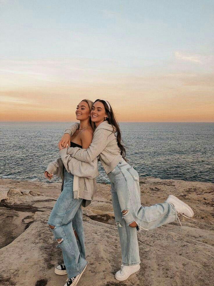 Pin de Isabele Lima Olyntho em Friends em 2021 | Poses de melhores amigos, Fotos de amigos, Imagens de melhores amigos