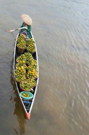 Penjual Buah #floatingmarket