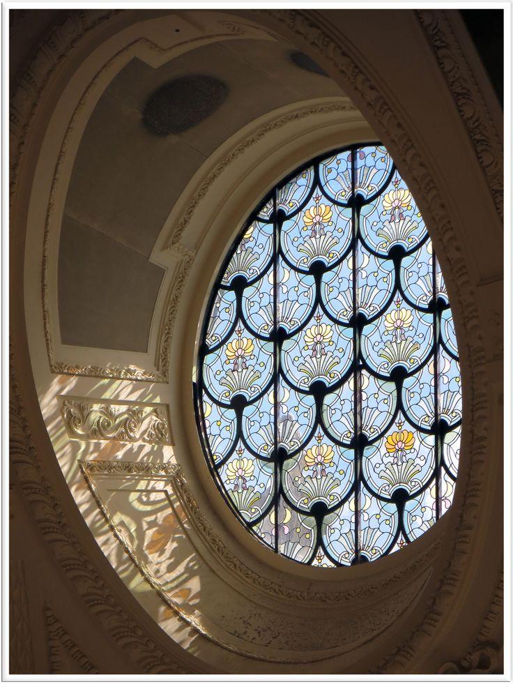 Un vitrail du Petit Palais, à Paris