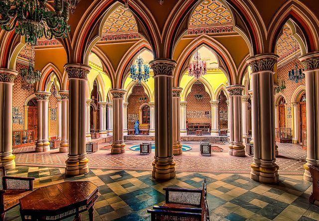 "Courtyard of the Majaraja's Palace - Bangalore India by Keith ""Captain Photo"" Cuddeback, via Flickr"