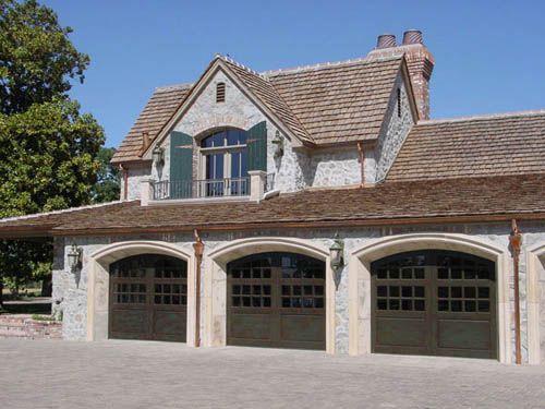 Williams Door Company | Knoxville Garage Doors | Knoxville Overhead Doors |  Knoxville Garages | Knoxville