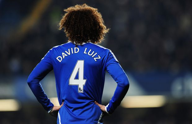 Chelsea FC: David Luiz. This was my iPhone wallpaper 2 months ago <3