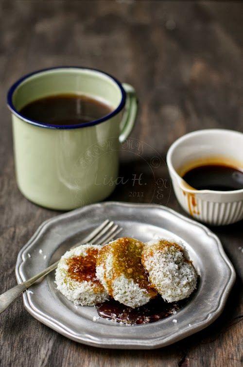 Kuih Lopis - Glutinous Rice with Dark Brown Sugar Syrup