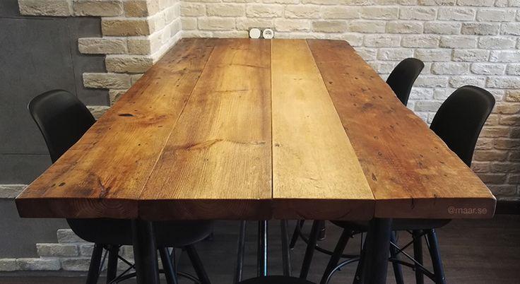 Обеденный стол в стиле лофт из труб и амбарной доски. Loft dinner table oldwood and pipe.