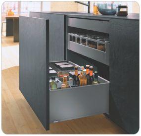 Blum Products - Box systems - LEGRABOX application 1 Kitchens
