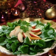 Rezept: Feldsalat mit Apfelstückchen an Feigen-Senf-Dressing - Lebe Gesund Versand