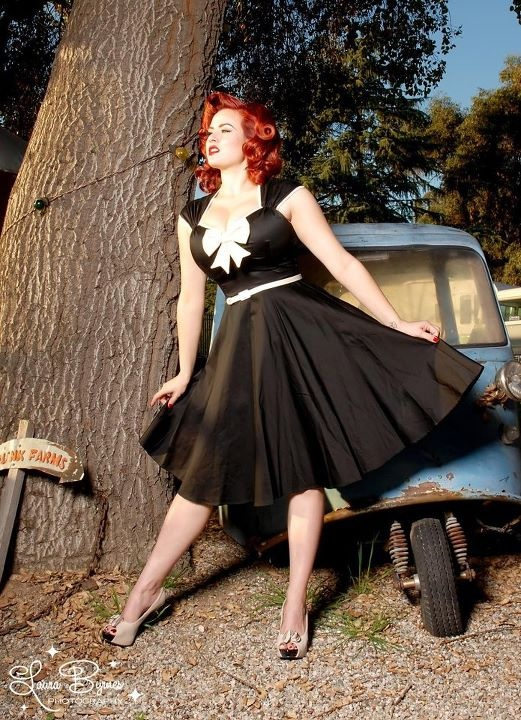 plus size pin up!! Beautiful!! Don't. See how she is plus size