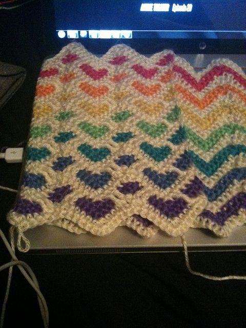 Reversible sweetheart and ripple afghan in rainbow colors. Could make a cute cowl?