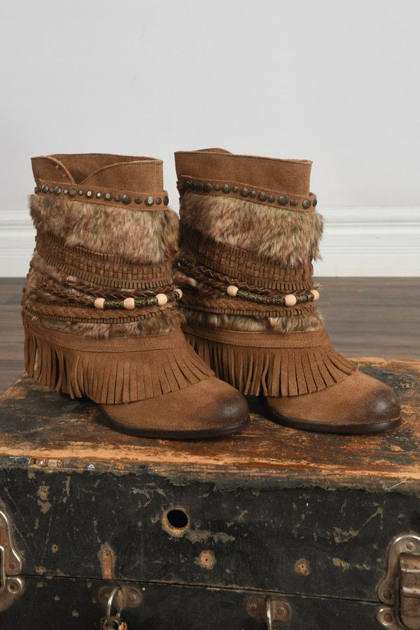 Sanchez Naughty Monkey Booties ~ Tan – The Pulse Boutique