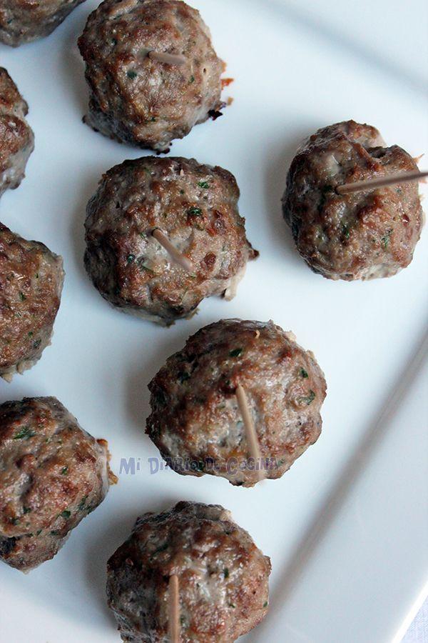 Estas bolitas de carne son ideales como appetizer o como picoteo con los amigos. Son muy rápidas de hacer.