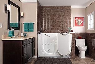 Great Tropical Full Bathroom