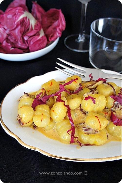 Gnocchi di patate con radicchio e zafferano