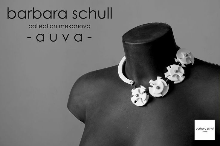 """""""Barbara Schull"""" workshop (France). 2015 Argilla. Aubagne. France. International pottery fair. Jewels. Porcelain.Necklace"""
