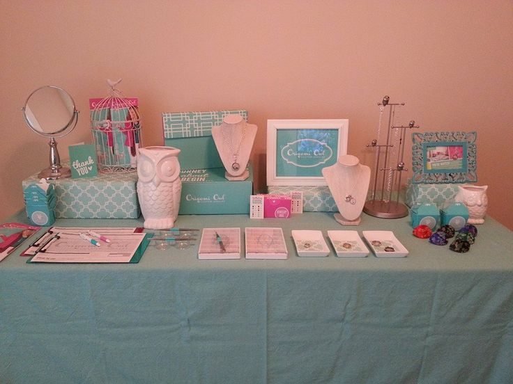 Origami Owl - Leah, Independent Designer Jewelry Bar Setup www.LovelyTouch.OrigamiOwl.com