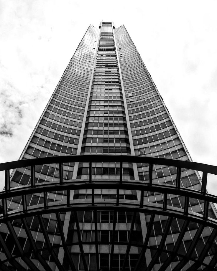 The Q1 Tower #q1 #q1tower #goldcoast #visitgoldcoast #surfers #surfersparadise #surfersparadiseaus #surfersparadisebeach #hdr #hdr_pics #hdrphotography #blackwhite #blackandwhite #skyscraper #tower #cityscape #discoverqueensland #queensland #seeaustralia #australia #canon #canoncollective #canoneos #canon6d #canon_photos #canon_official #canonphotography by kyejamesphotography http://ift.tt/1PI0tin