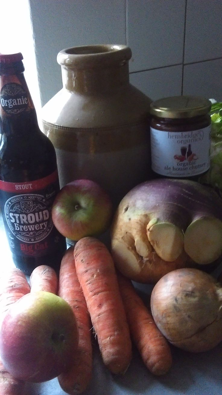 Get the ingredients together for Alehouse Chutney