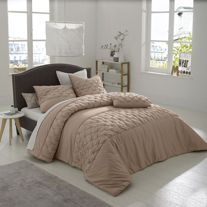 Khin Cotton Satin Quilted Bedspread Light Bown 250 x 270 RRP £194.00 Listing in the Bed Pillows,Bedroom,Home & Garden Category on eBid United Kingdom | 165169162
