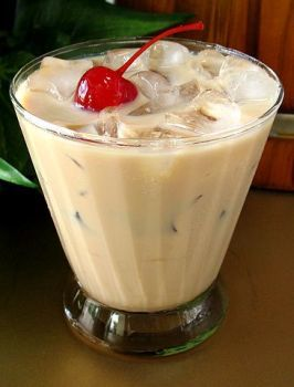 Buttery Finger ... Creamy buttery beverage ... Bailey's Irish Cream ... Nice and strong, but tastes like a candy bar! www.MadamPaloozaEmporium.com www.facebook.com/MadamPalooza