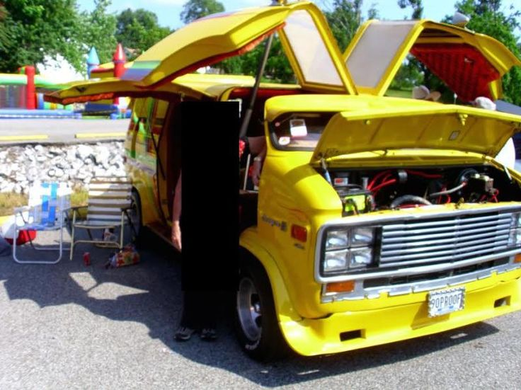 I Thought This Van Was No Longer Around Destroyed But See It Is For Sale Posted In Classifieds One Of My Favorite Vans From The