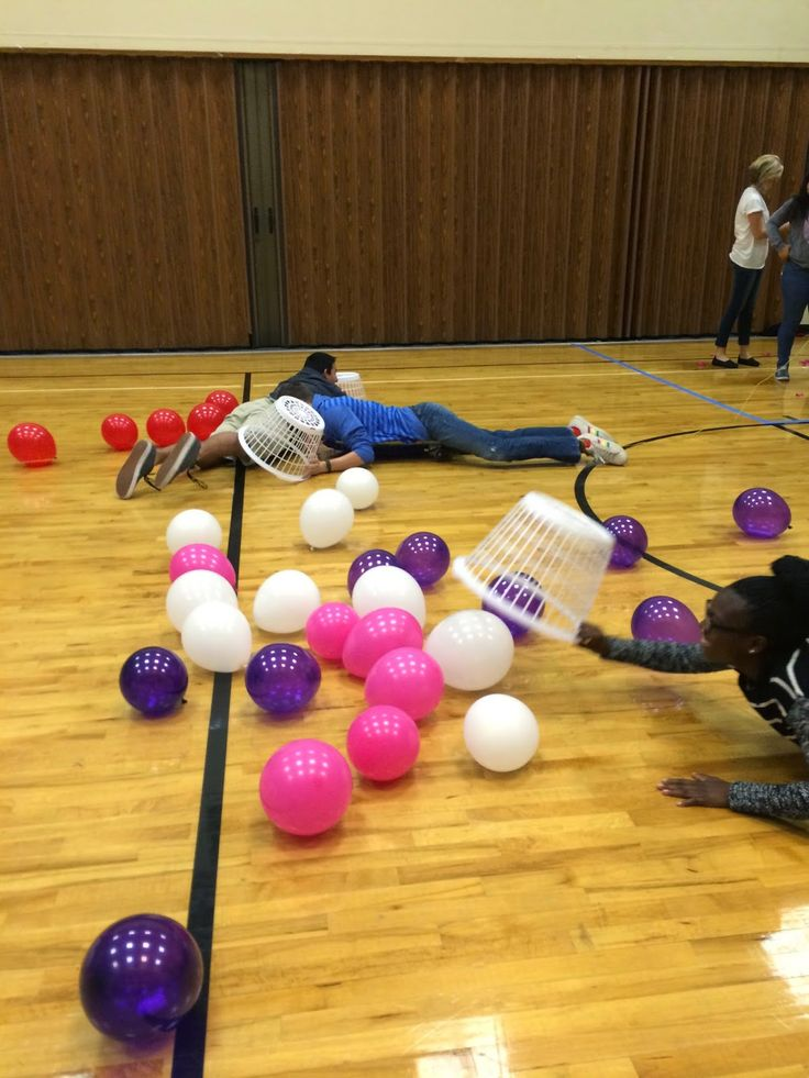 Skateboards and Scriptures (Human Hungry Hungry Hippos) With mutual theme in the balloons, 4 teams, put the clues together correctly, 4 colors of balloons