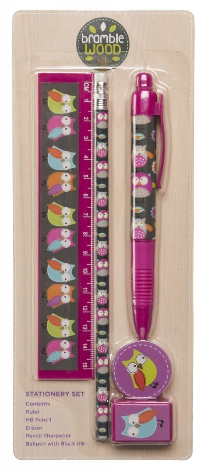 Sharing Bramblewood Pink Owls Stationery Set from WHSMITH