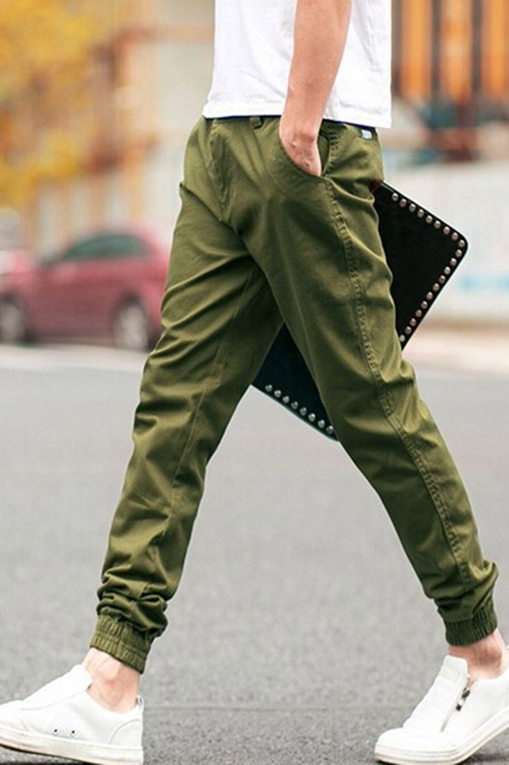 The pants featuring cropped length. Slant pockets. Front zip fly with button placket.