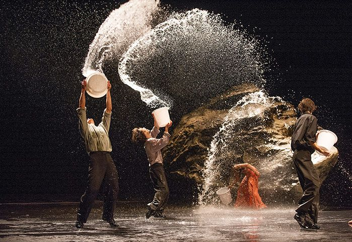 Vollmond: A scene from Vollmond by Tanztheater Wuppertal Pina BauschPerforming Vollmond, Man Dogs, Art Blog, Bausch Work, Bausch Vollmond, Dogs Trees, Tanztheat Wuppertal, Pina Bausch, Wuppertal Pina