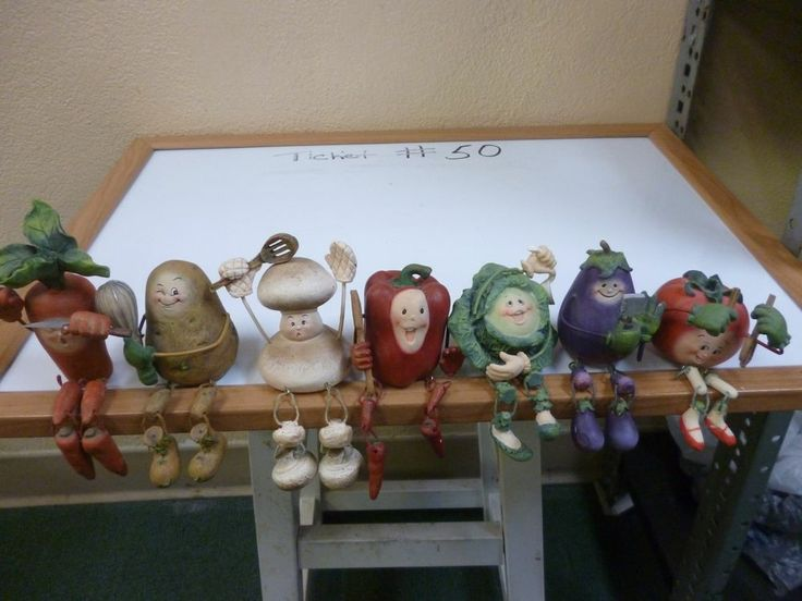 Vegetable Shelf Sitters - Resin Figurine with Dangling ...