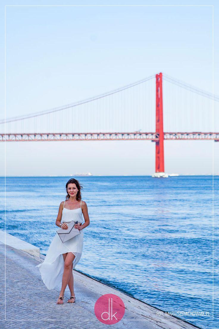Summer light white dress #outfit. #fashion #moda #style #dress #styl #stylizacja