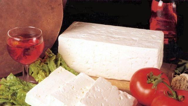 Balkánsky syr lacno a rýchlo? Vyrobte si ho doma! Je to také jednoduché! | Casprezeny.sk