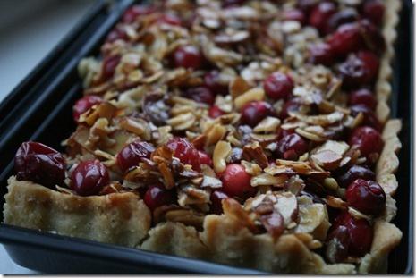 cranberry caramel almond tart | Stinkin' Hippy Food | Pinterest