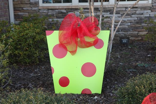 Yard Decor:  Made from scrap wood, paint and mesh ribbon