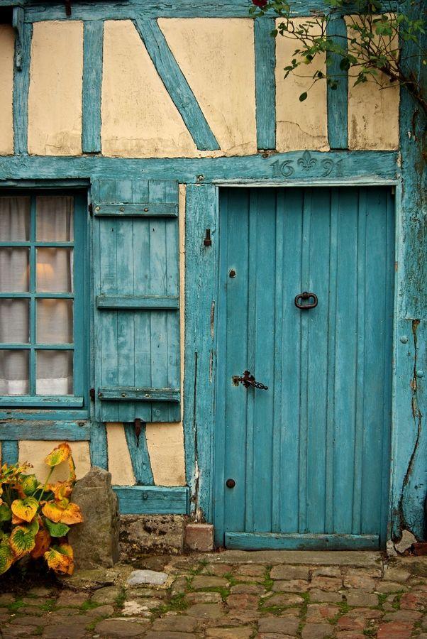Gerberoy, Oise, France #door