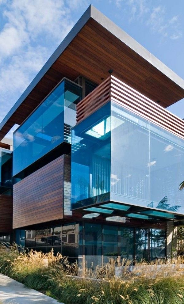 Love this. Combination of wood and glass in modern home. Interior is just as amazing. - Ettley Residence in California