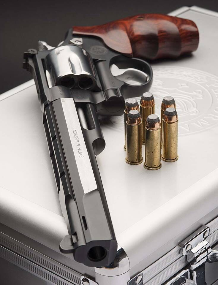We offer short-term collateral loans on all types of rifles, shotguns, pistols, and revolvers. For more details, call us at (855) 698 – 7296