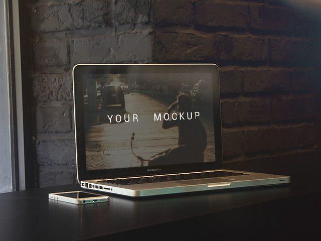 5 free Macbook Pro mockups