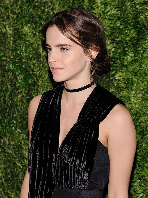 Emma Watson attends the 2016 Museum Of Modern Art Film Benefit: A Tribute To Tom Hanks at the Museum of Modern Art in New York City on November 15, 2016.
