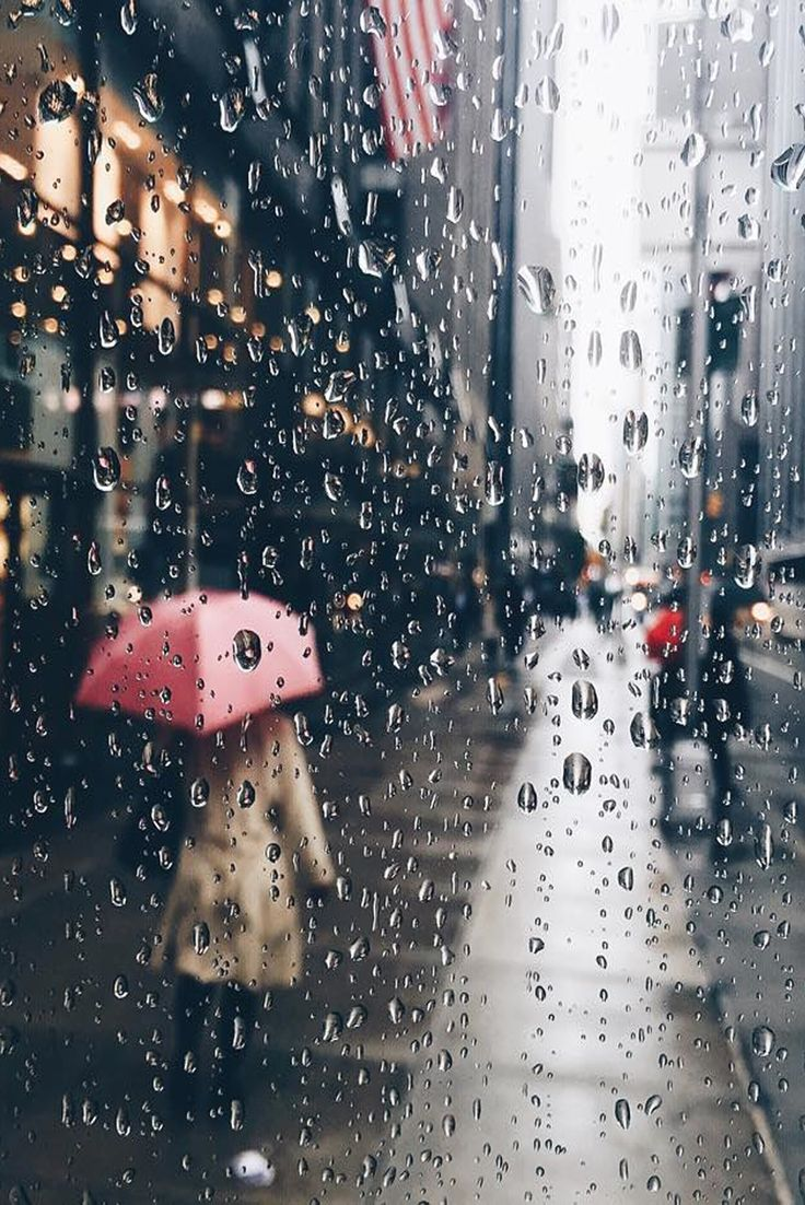 Rainy Streets | © VisualMemories